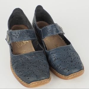 Rieker sz 36 blue cutout leather Maryjanes flats